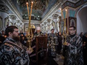 Чтение второй части покаянного канона возглавил митрополит Викторин