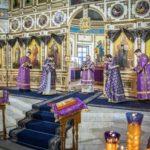В Неделю Крестопоклонную собор посетил митр. Викторин
